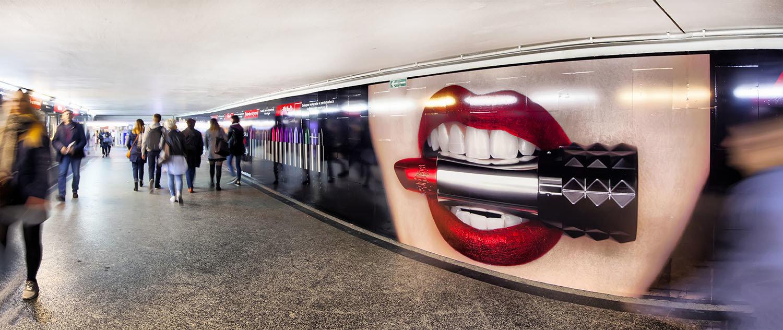 Sephora wspiera reklamowo markę Kat Von D Beauty