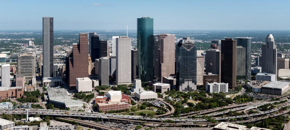 W Houston zamiast rozszerzać ulicę, inwestują w komunikację miejską