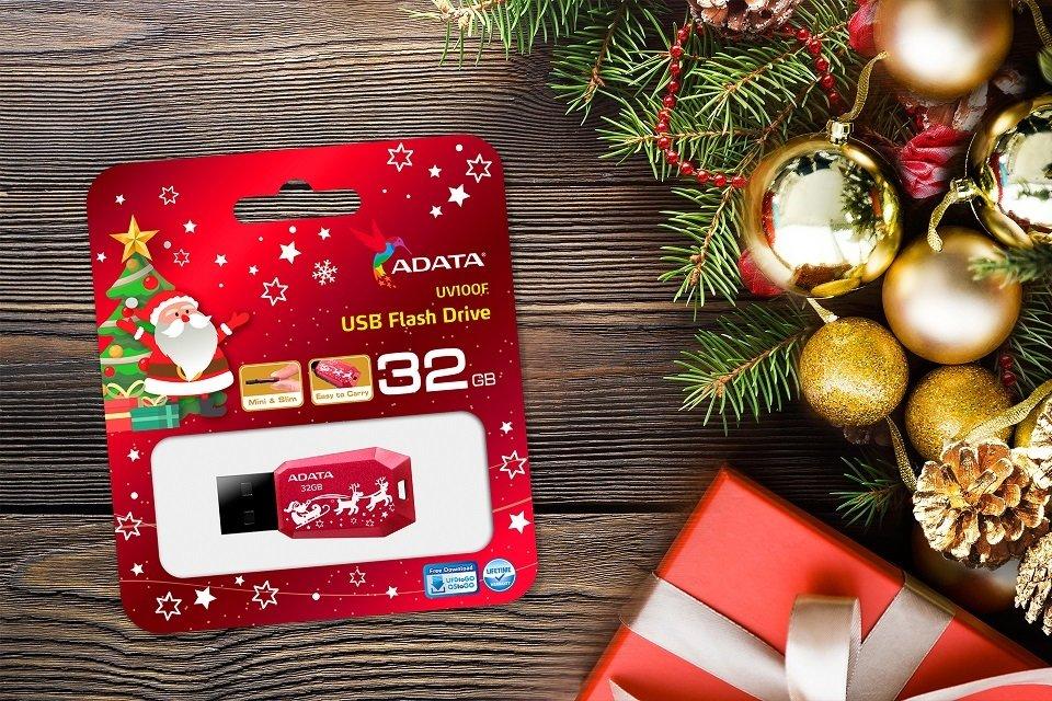 ADATA UV100F – klasyczny pendrive w świątecznej odsłonie