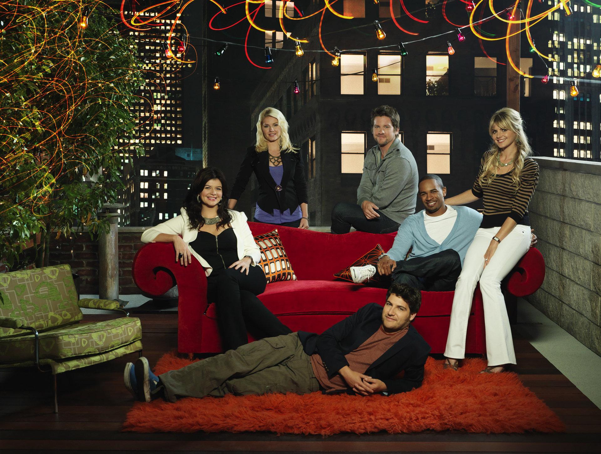 Pary, przyjaciele i sąsiedzi! Happy Endings już we wtorek 2 stycznia tylko na FOX Comedy!