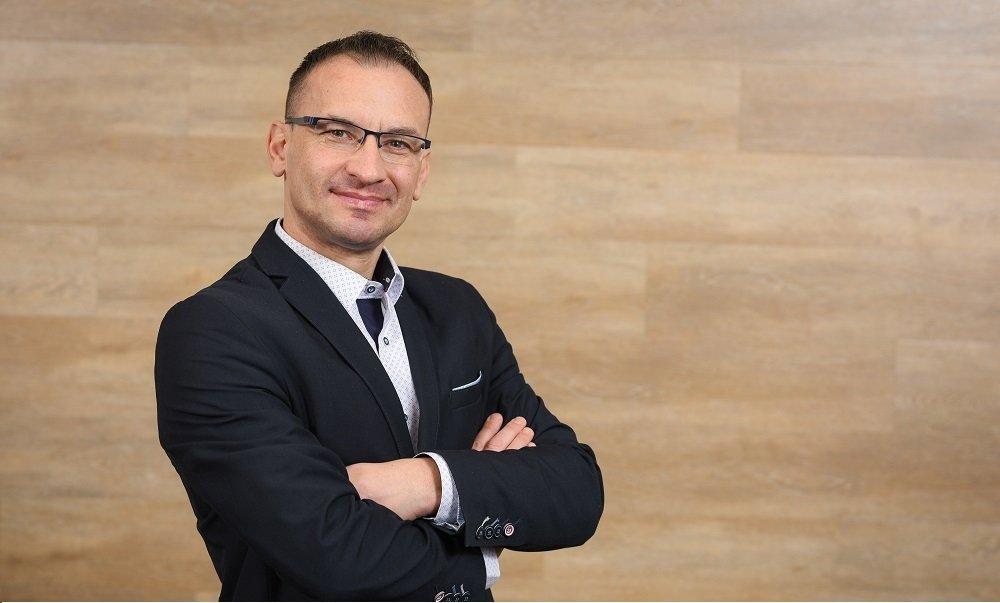 prof. nadzw. dr hab. inż. Adam Jabłoński
