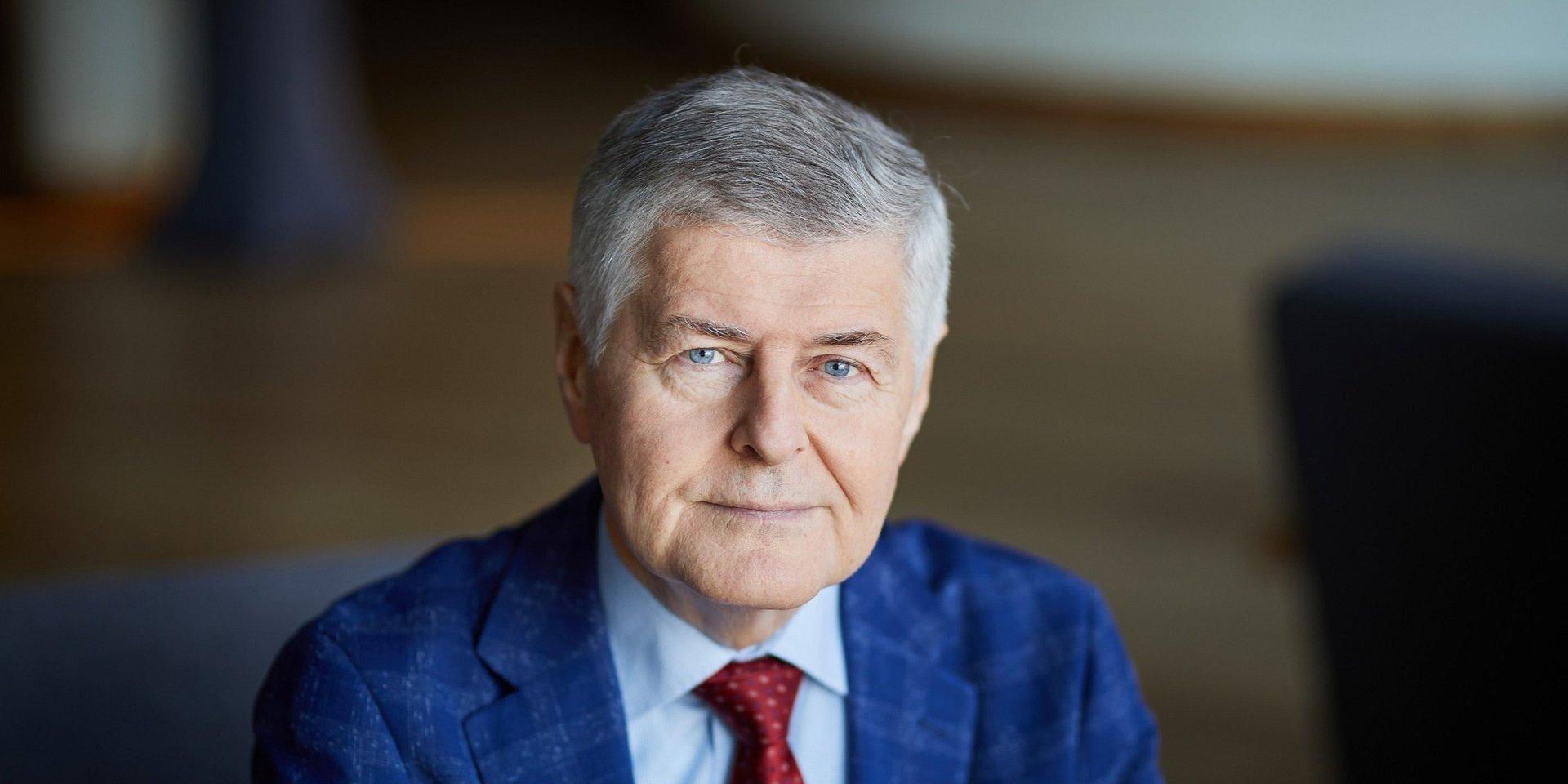 służba zdrowia: dr inż. Krzysztof Czerkas