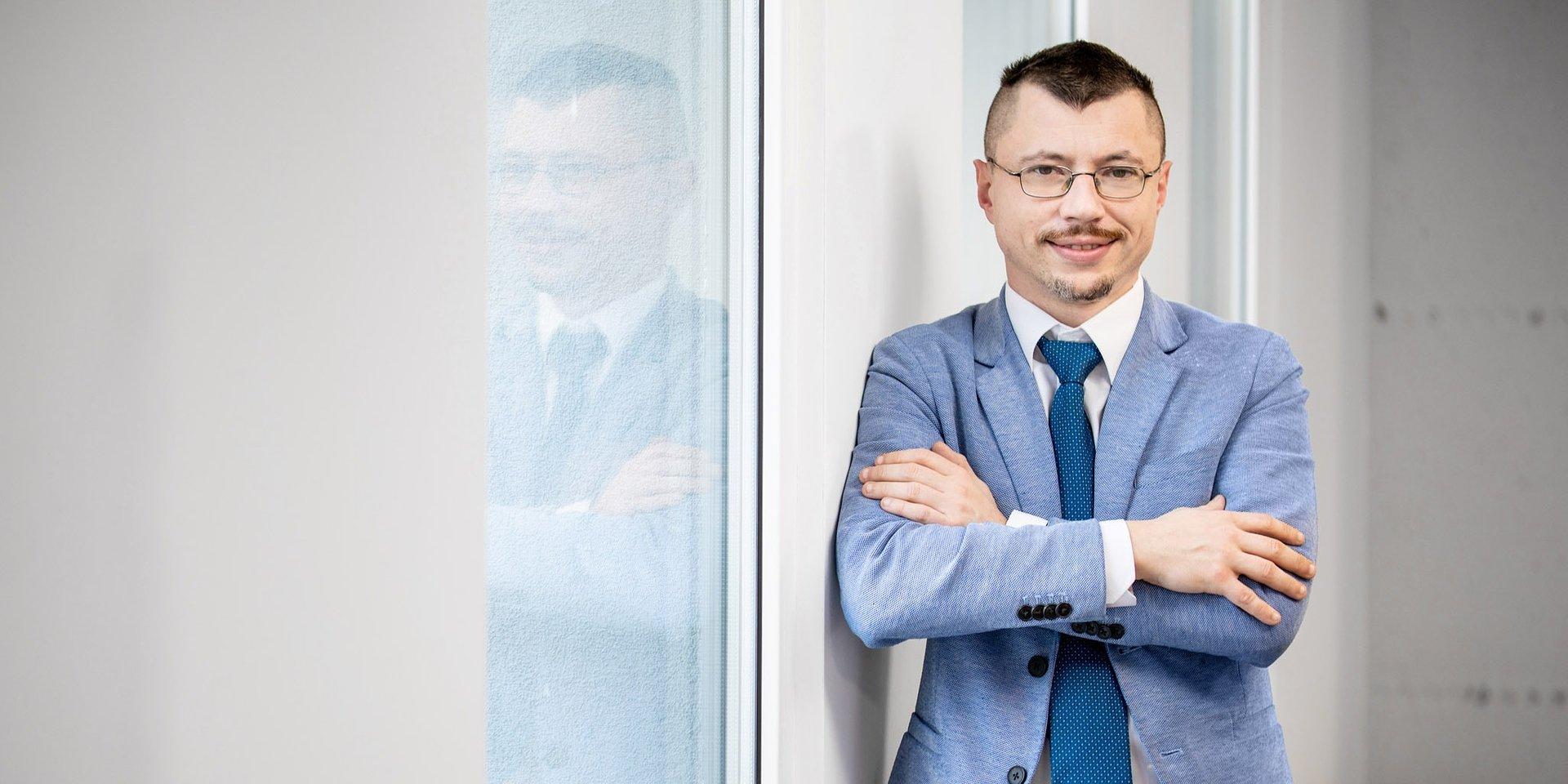 finanse publiczne, finanse przedsiębiorstw: dr Tomasz Kopyściański