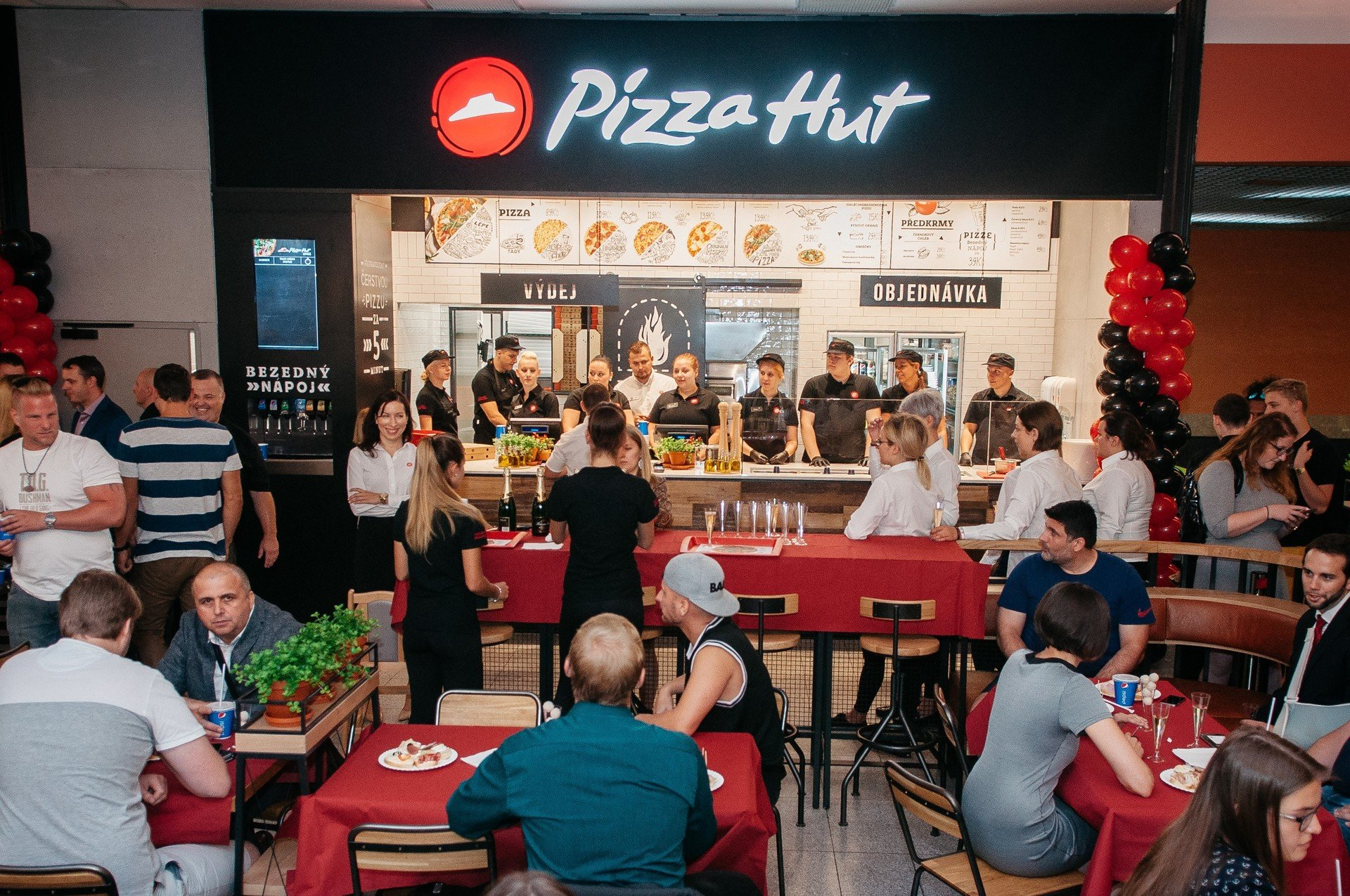 Pizza Hut wkracza do Czech!