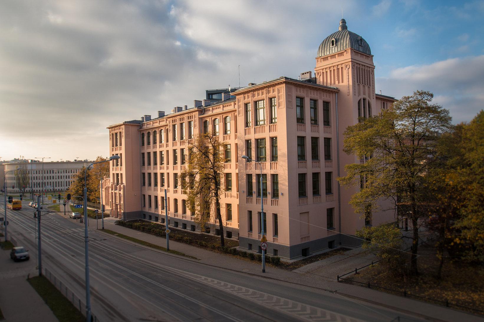 Rektorzy polskich uniwersytetów o Ustawie 2.0