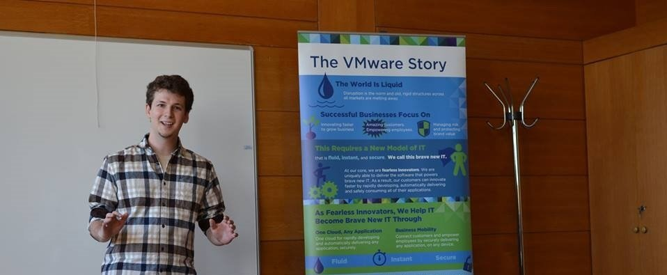 Giving back to your Alma Mater: How a VMware employee passes on the company's innovation spirit to the Faculty of Physics of Sofia University