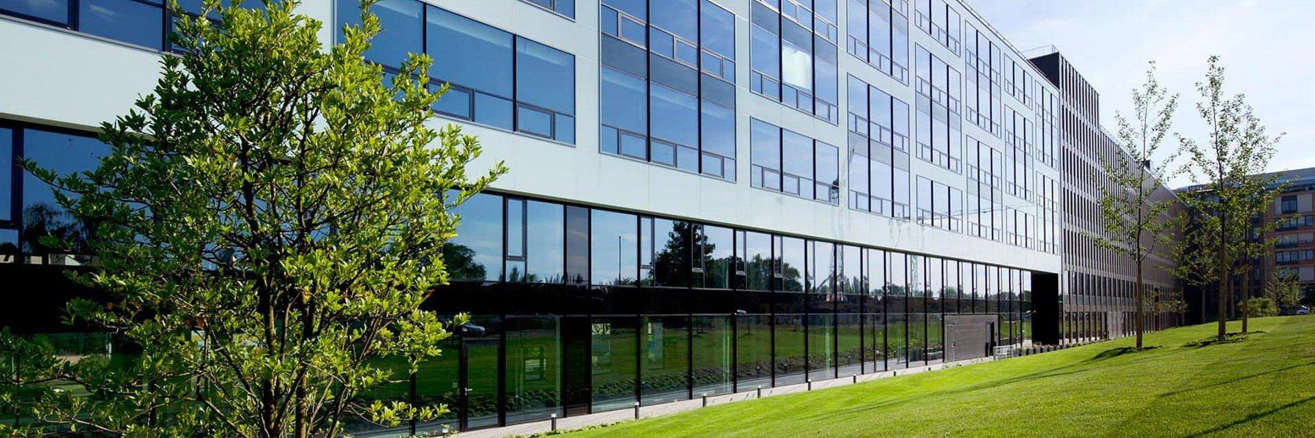 V budově River Garden II/III otevírá společnost Regus nové business centrum.