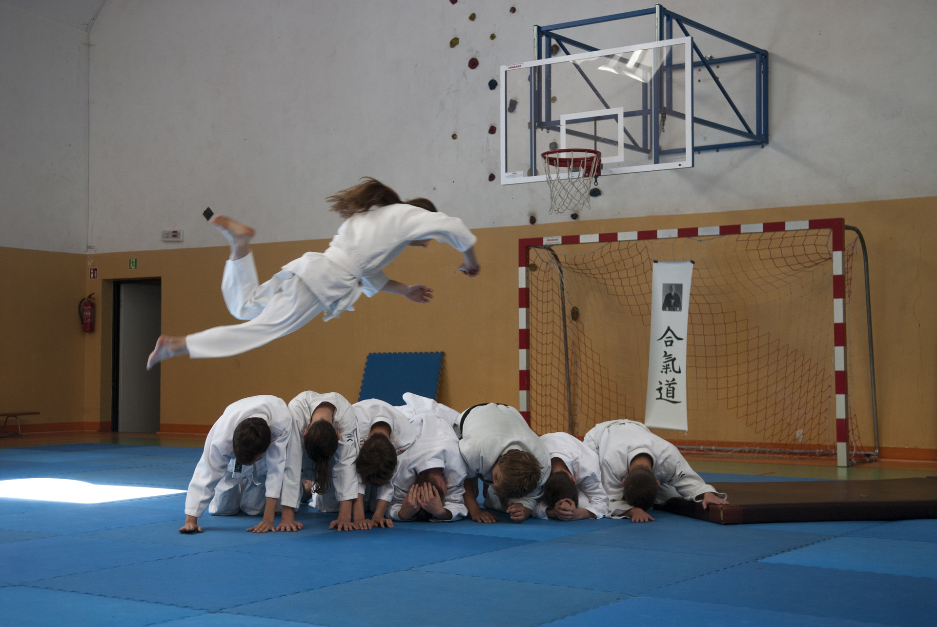 Dzieci z wrocławskich domów dziecka na obozie aikido