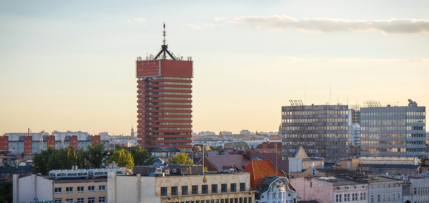 Synerise i Uniwersytet Ekonomiczny w Poznaniu wykształcą doktorów ds. sztucznej inteligencji