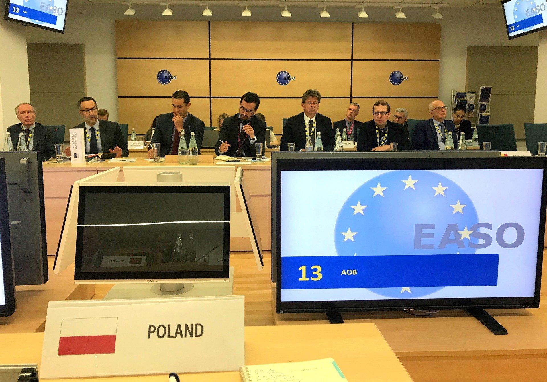 UE: maleje liczba wniosków o ochronę międzynarodową