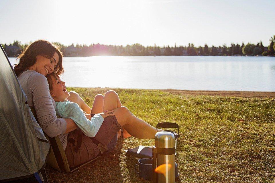 Finanse na wakacjach –  jak nie pójść z torbami?