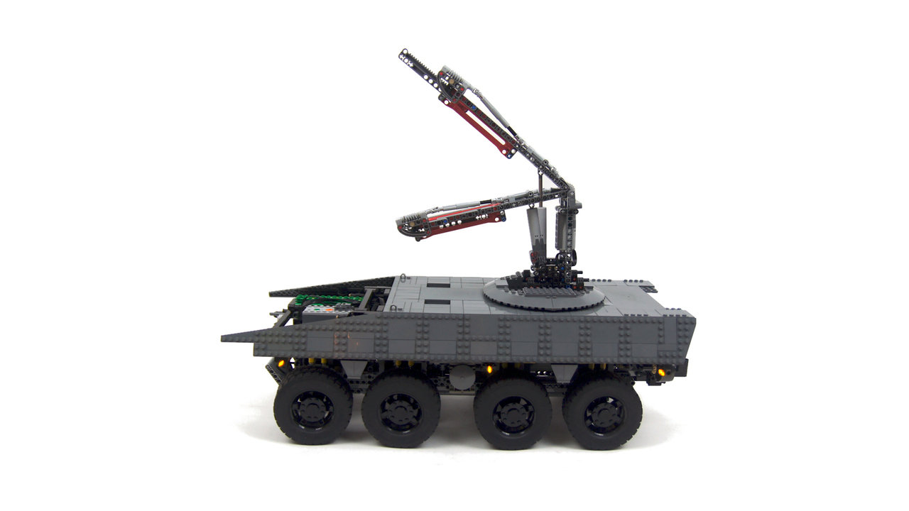 Tak powstaje Rosomak z klocków Lego