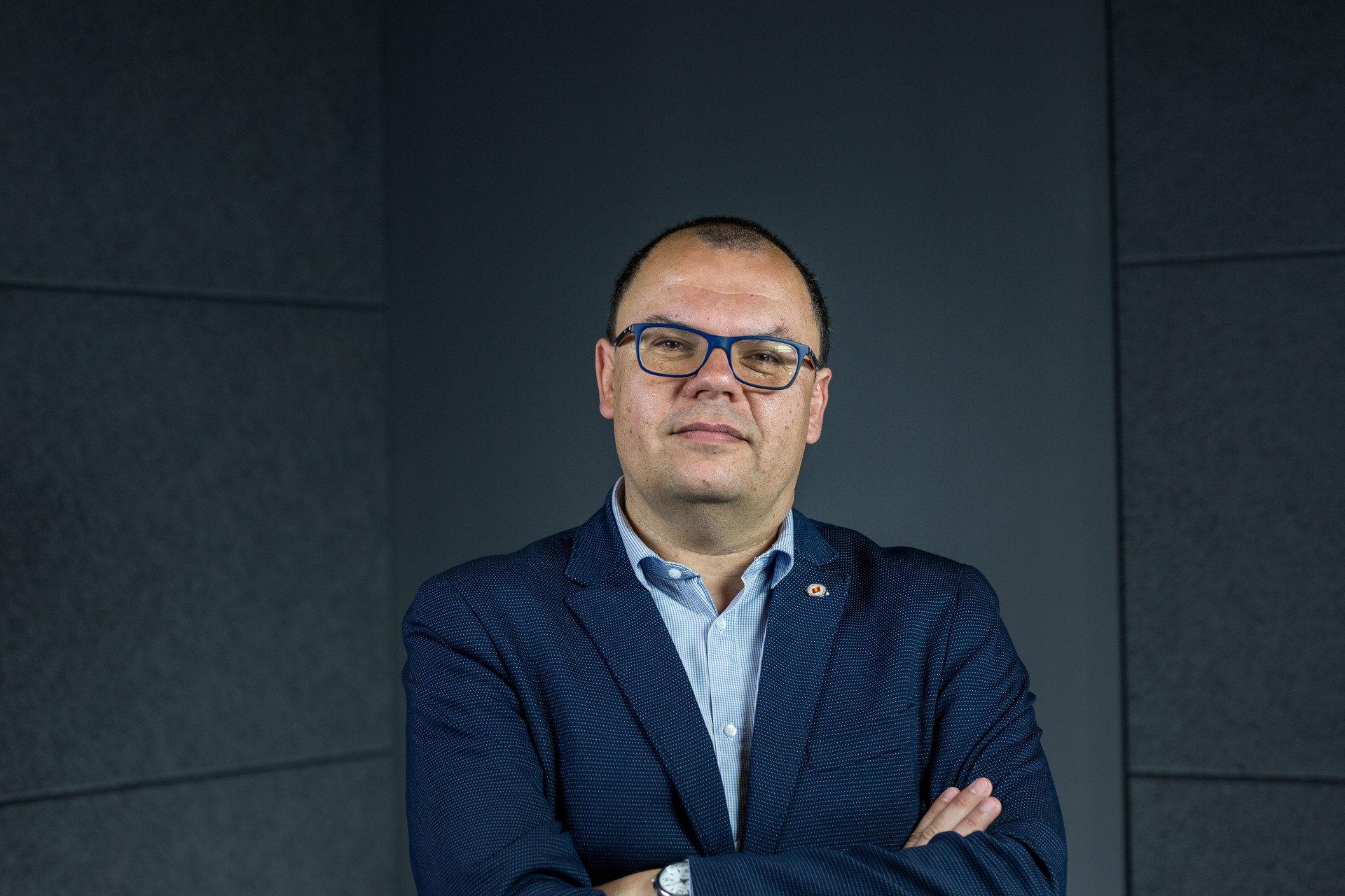 Prof. dr hab. Piotr Cap - języki