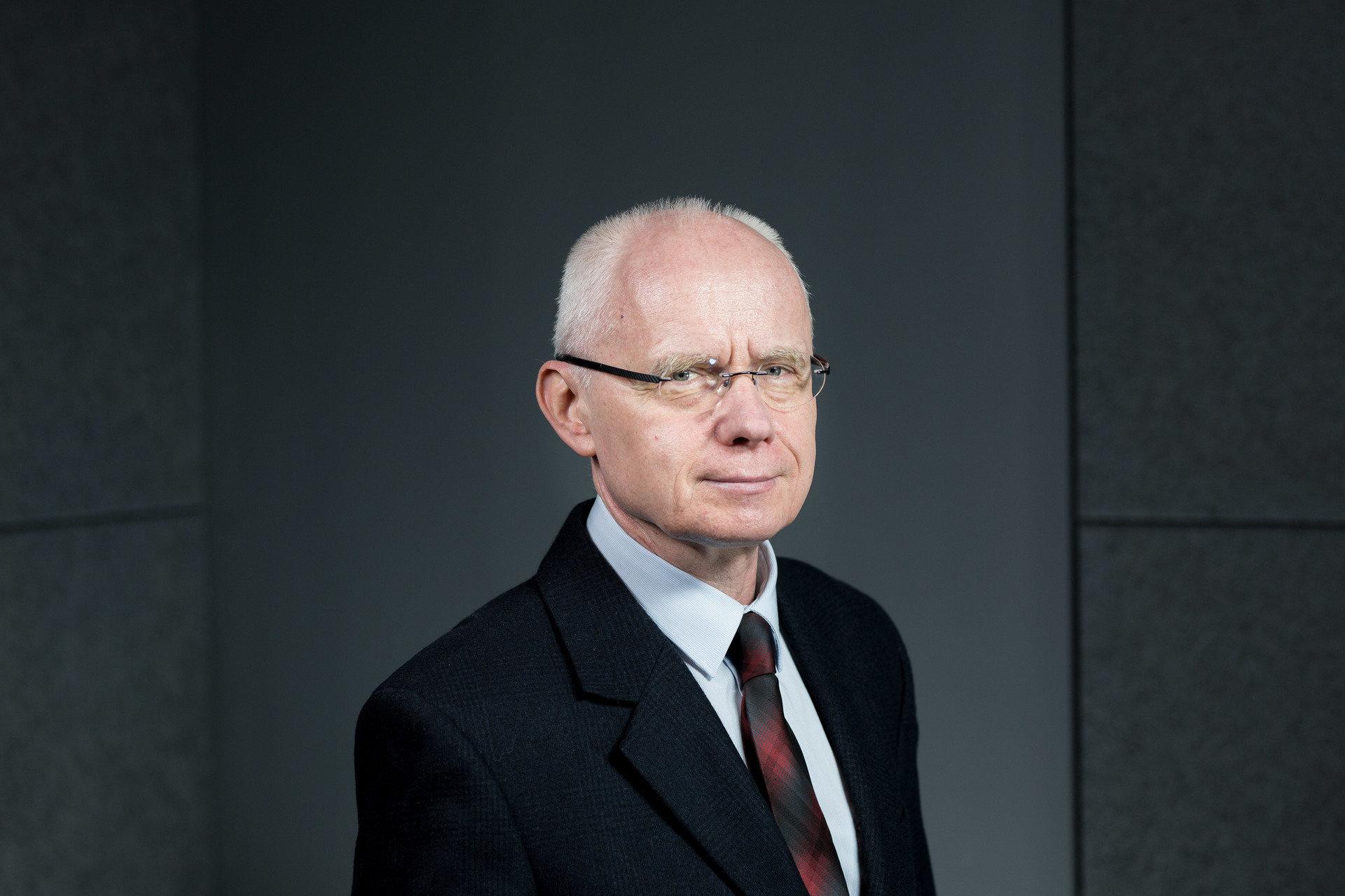 Dr hab. Lesław Góral - prawo