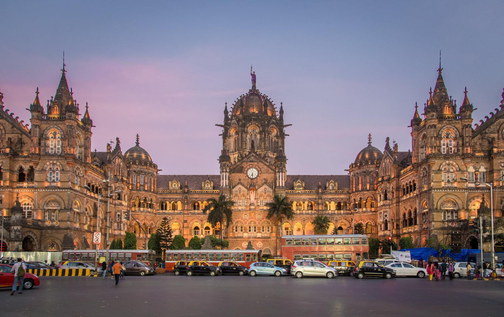 Największe zamówienie dla Alstom na miejski tabor kolejowy w Indiach