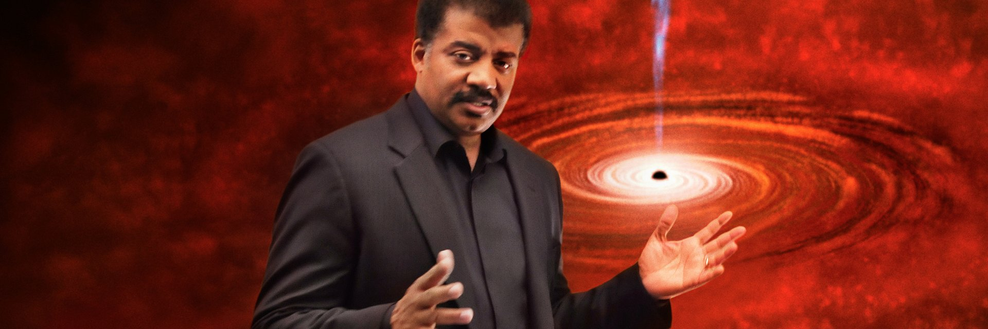 """Neil deGrasse Tyson i hitowy serial """"Kosmos"""" w marcu znów na kanale National Geographic"""