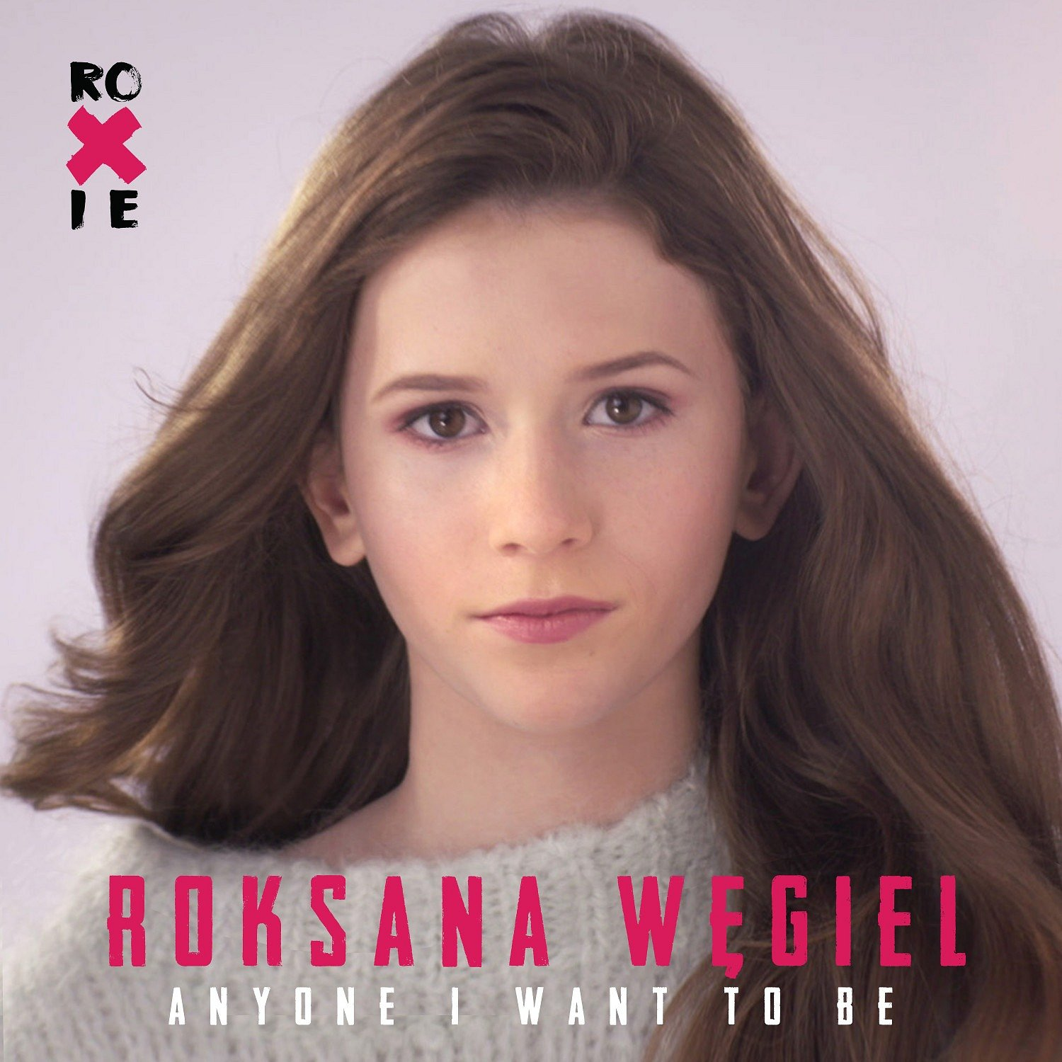 "Roksana Węgiel prezentuje klip do ""Anyone I Want To Be"""