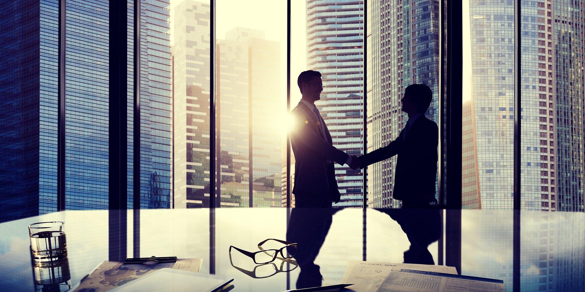 CBRE wzmacnia sektory. Awanse w działach wynajmu powierzchni biurowych i handlowych