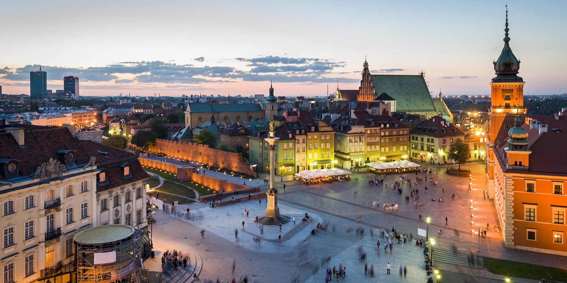 W 2021 roku nowy krajobraz biurowy Warszawy. Czekają nas zmiany w komunikacji miejskiej