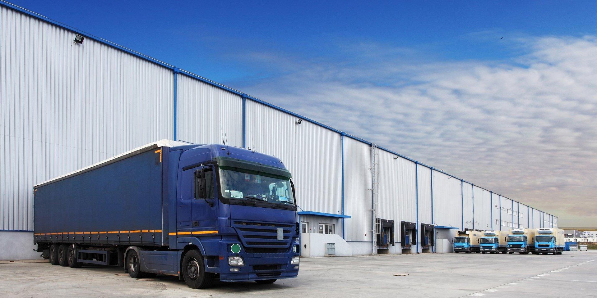 CBRE: w Unii Europejskiej polska logistyka wygrywa kosztami i pracownikami, przegrywa administracją