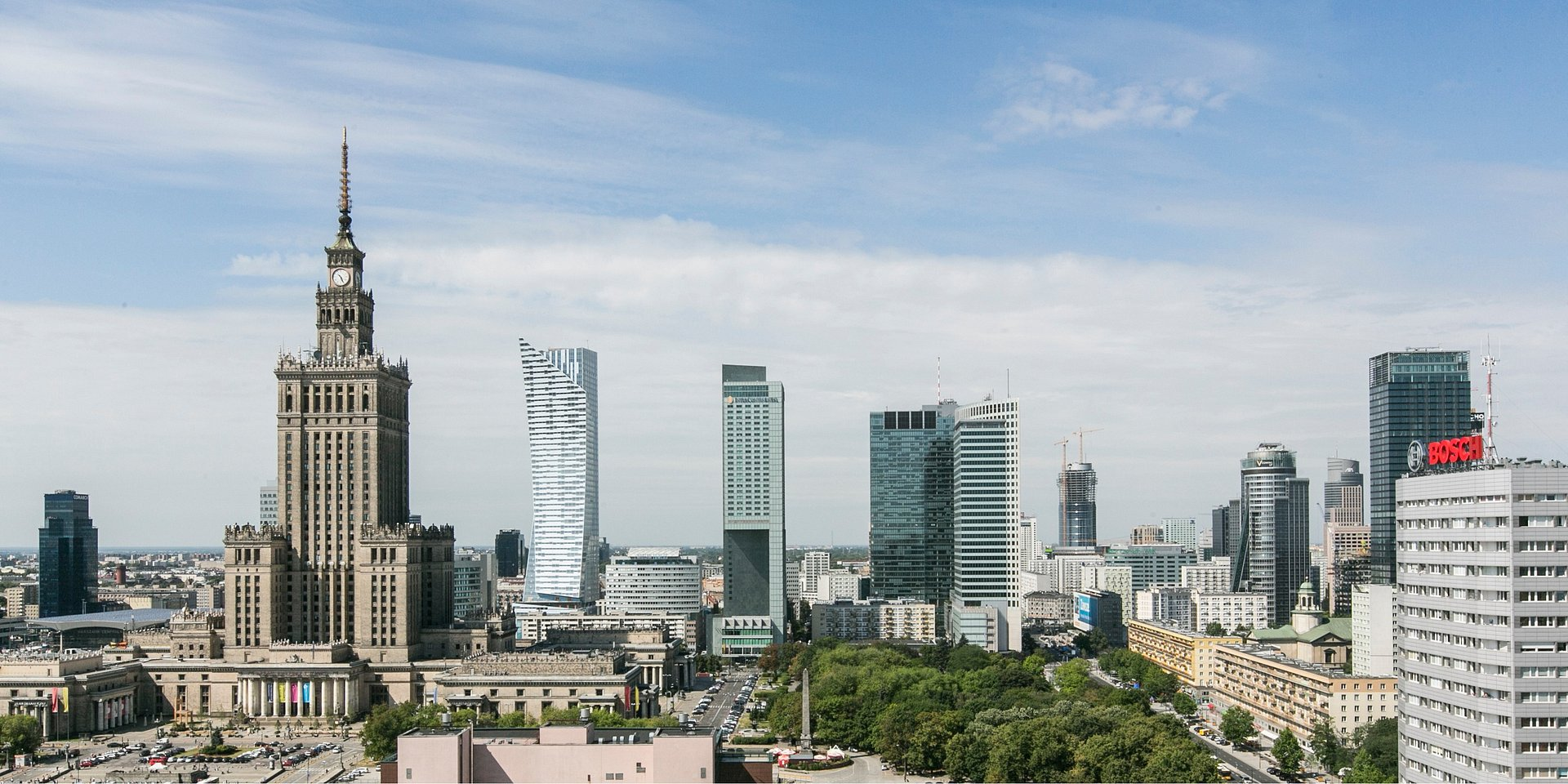 SOARING VOLUMES OF OFFICE SPACE ON THE WARSAW MARKET