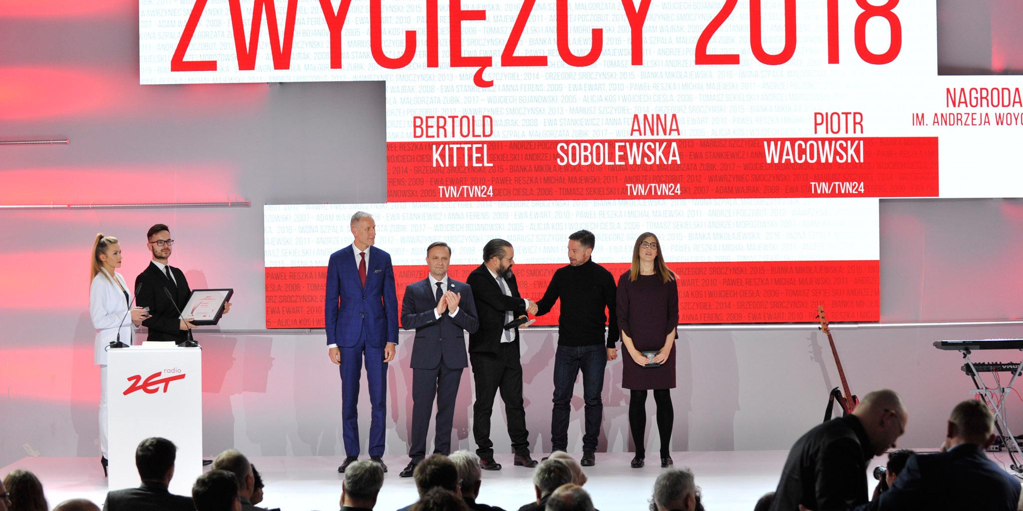 """Autorzy """"Polskich neonazistów"""" laureatami Nagrody Woyciechowskiego 2018"""