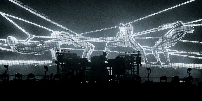 """Roboty również mogą źle tańczyć! Najnowszy klip The Chemical Brothers """"Free Yourself"""""""