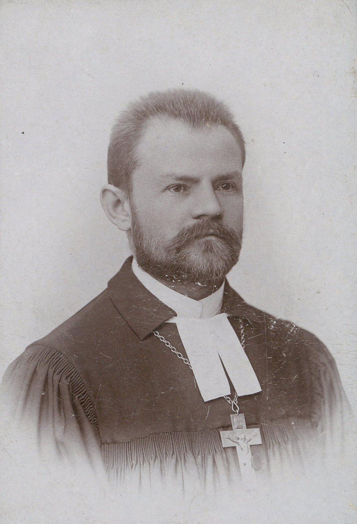 Bohaterowie stulecia: Biskup Juliusz Bursche