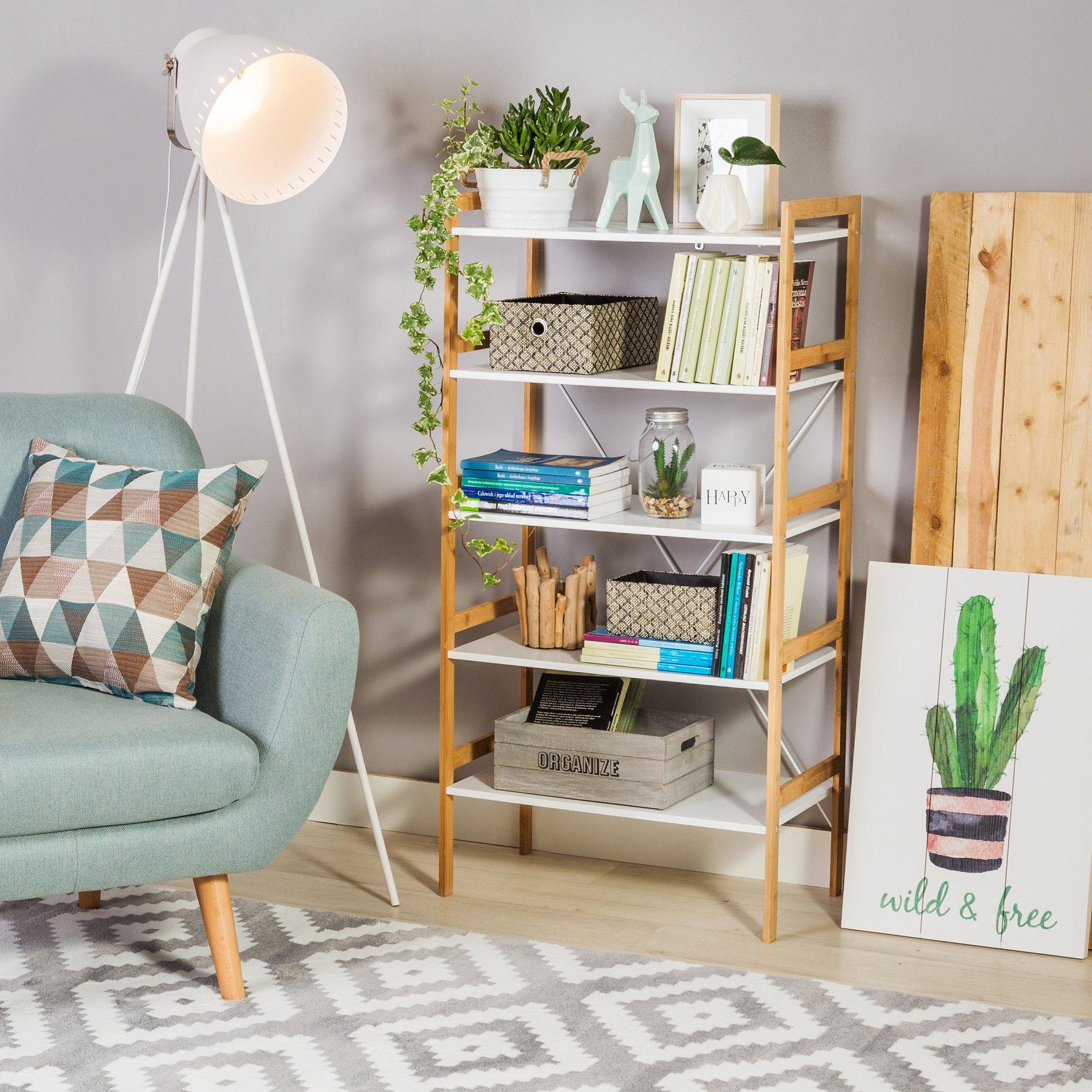 3 rady na urządzenie domowej biblioteczki dla moli książkowych