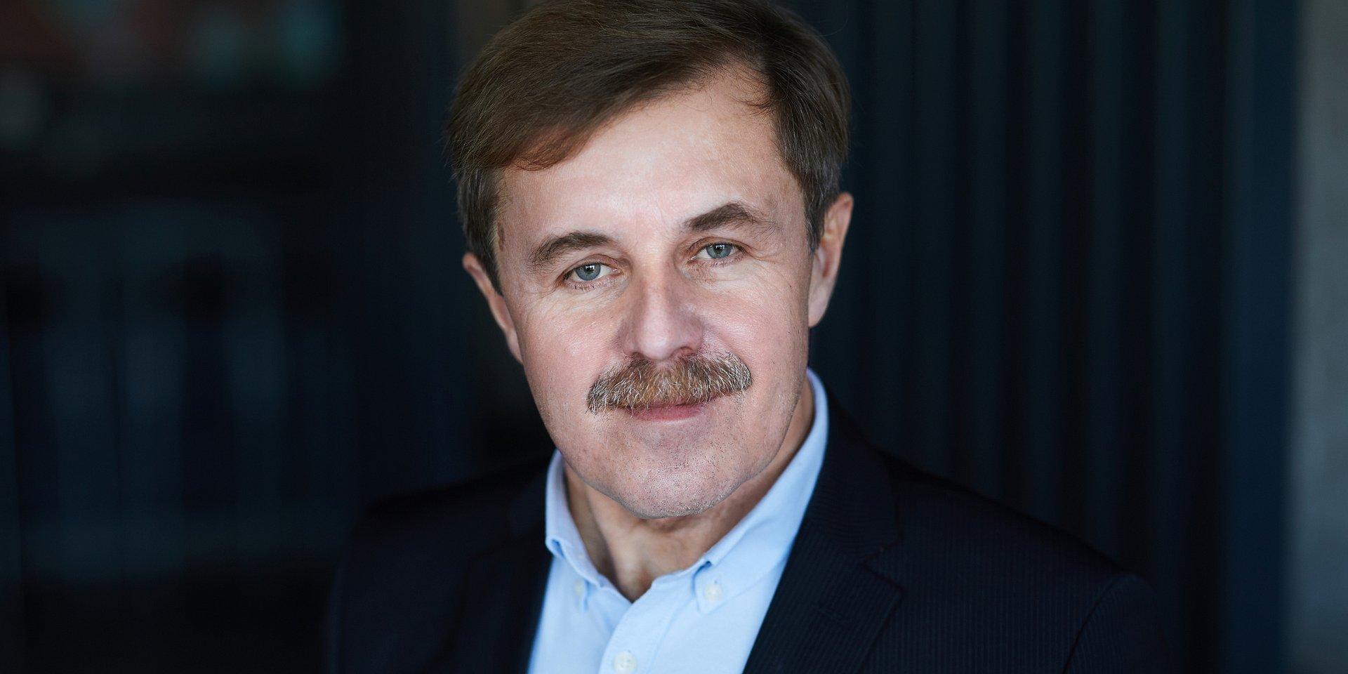 informatyka: prof. dr hab. inż. Cezary Orłowski