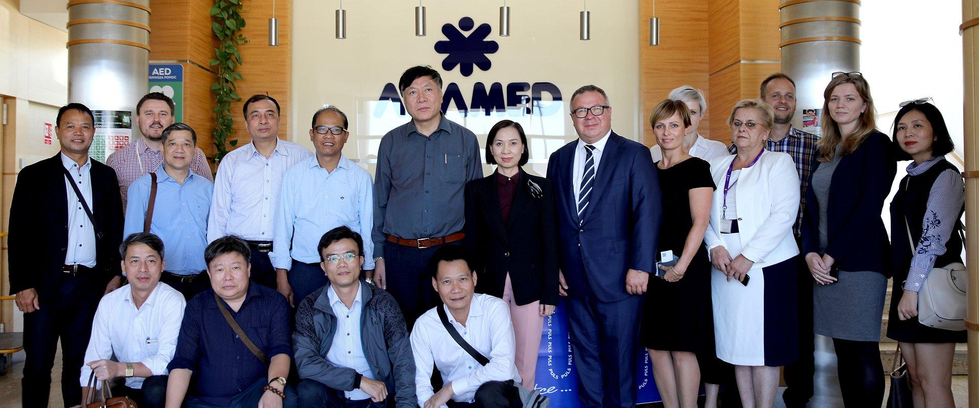 Oficjalna Wizyta Przedstawicieli Wietnamskiego Ministerstwa Zdrowia W Adamedzie
