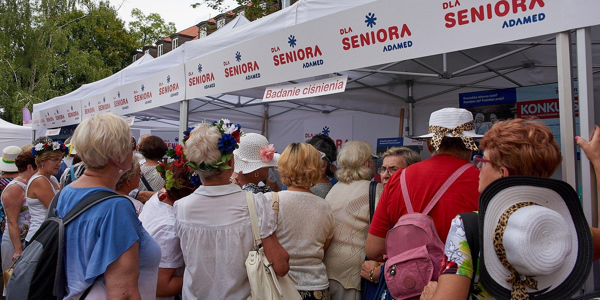 Adamed Dla Seniora Partnerem Strategicznym Na V Paradzie Seniorów