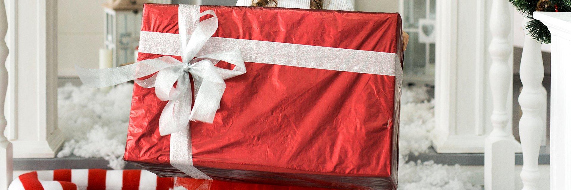 Pracownicy wcześniej czekają na Mikołaja – mile widziany jest prezent (przed)świąteczny