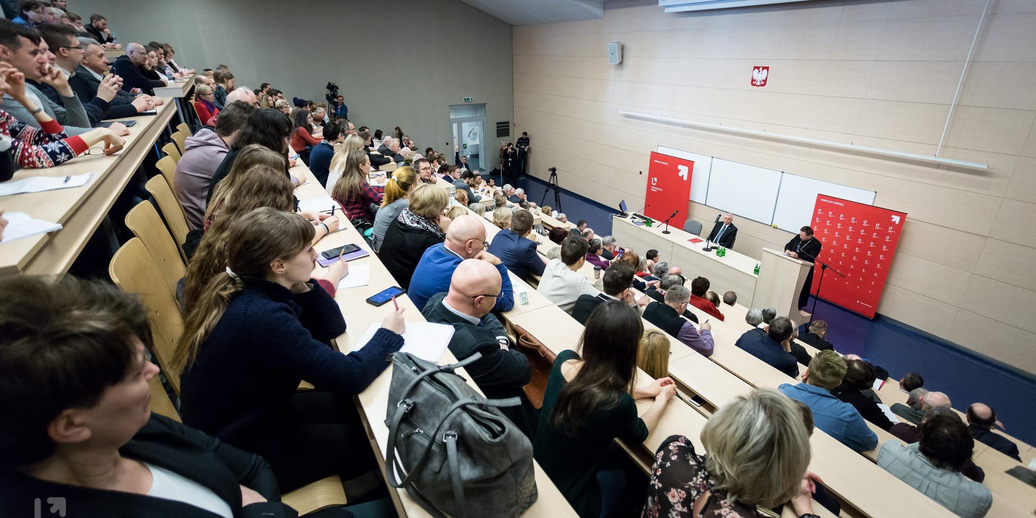Prof. S. Gomułka o światowej gospodarce - XXV Wykład Rektorski UŁ