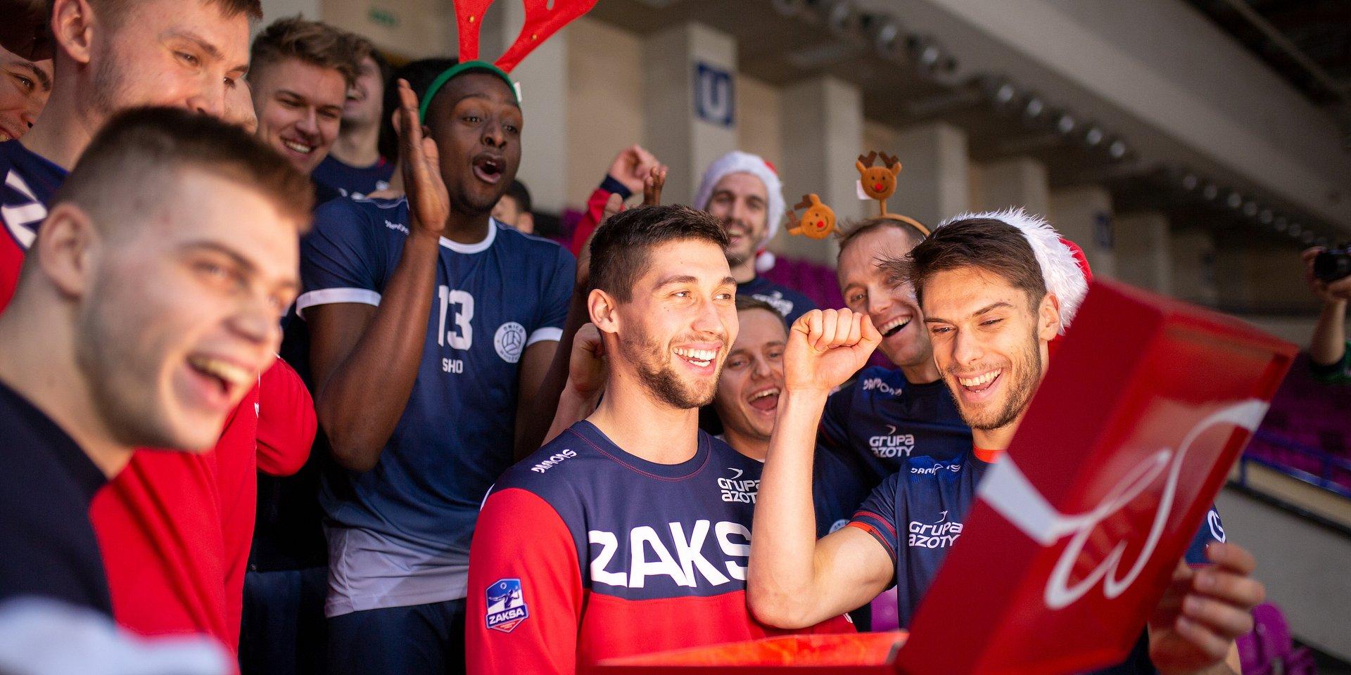 Dla kogo grają najlepsi polscy sportowcy? Dla Paczki! Szlachetnej Paczki