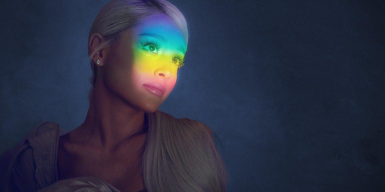 Ariana Grande rozpoczęła odliczanie do nowego singla