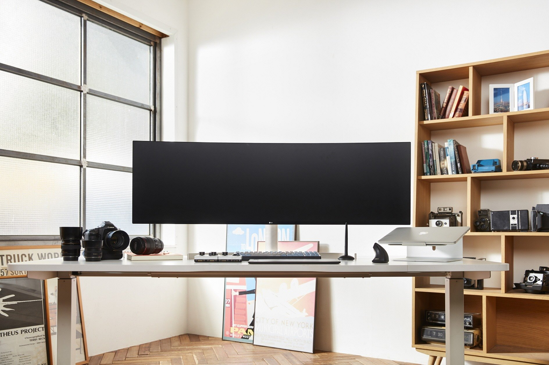 """CES 2019: Nowa linia monitorów """"ULTRA"""" od LG"""