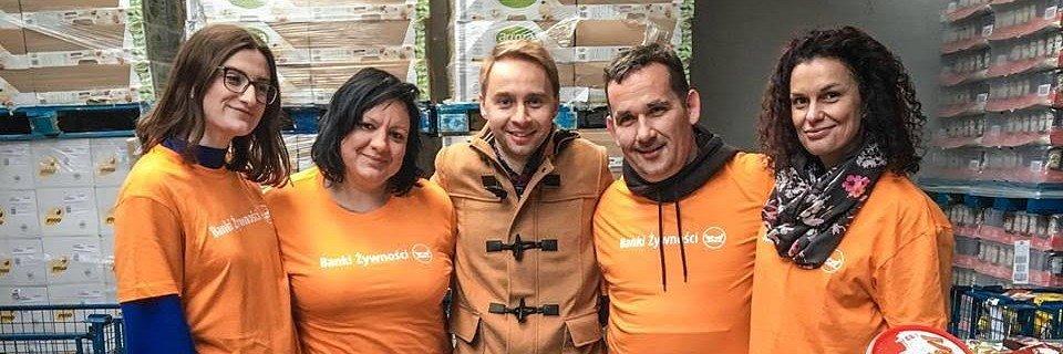 Rafał Gębura przeciąża serwery Banków Żywności! 76 tys. złotych zebranych w tydzień – taką moc ma YouTube.