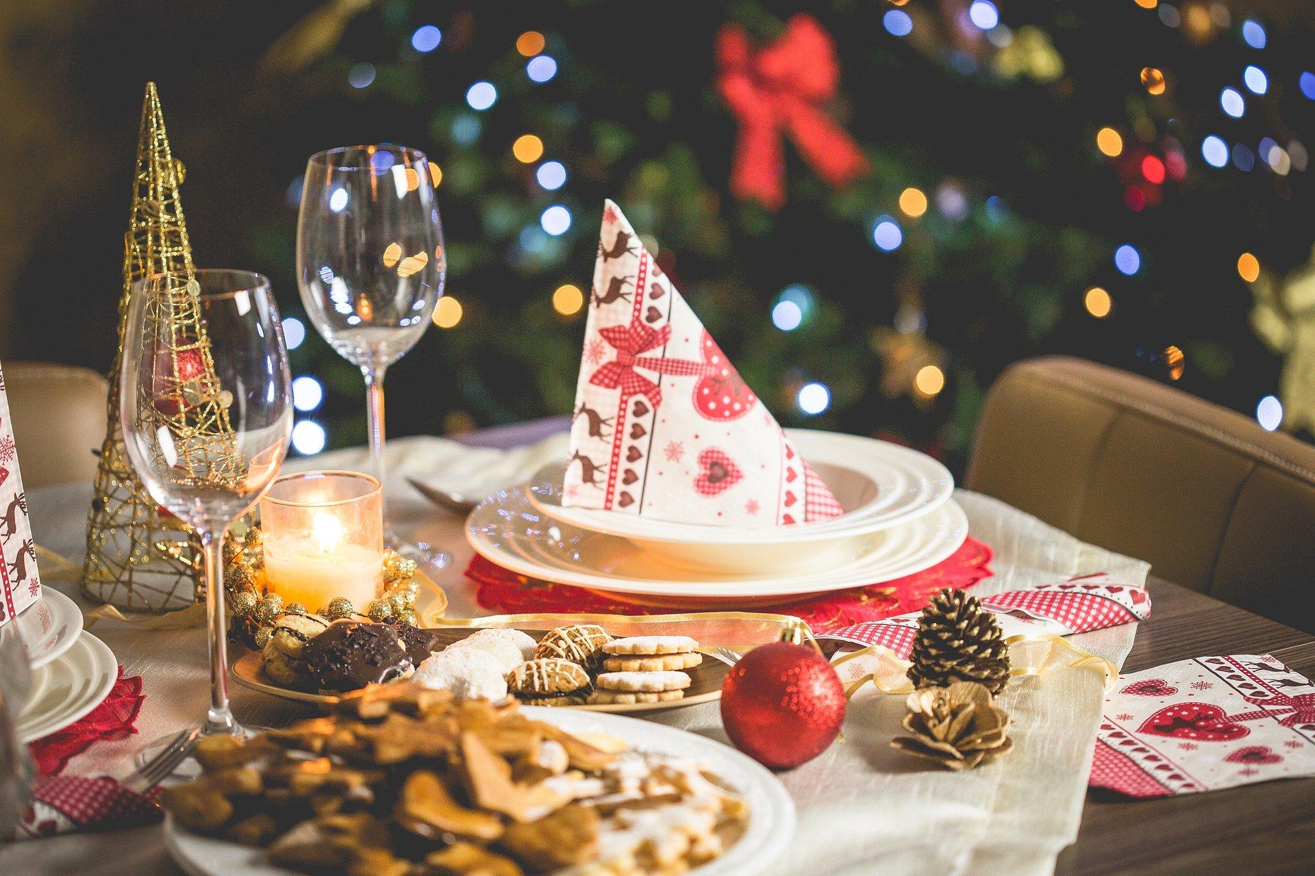 Pułapka świątecznego biesiadowania – na pomoc żołądkowi