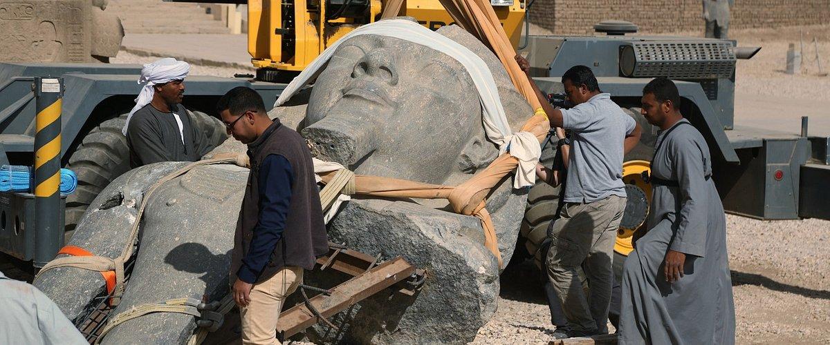 Polski archeolog kamień po kamieniu odkrywa prawdę o kobiecie-faraonie. National Geographic pokaże najciekawsze efekty wykopalisk w Egipcie