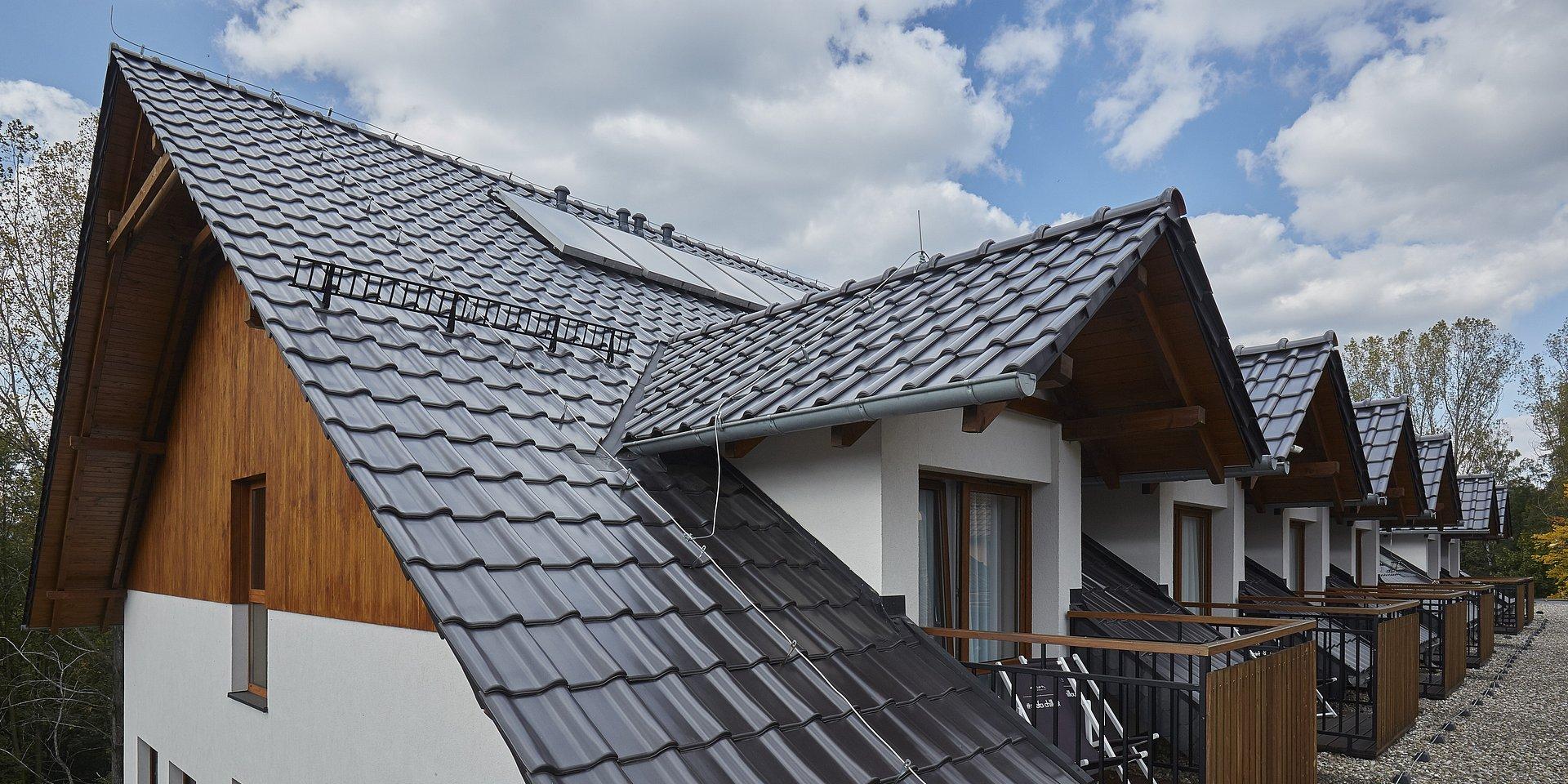 Ekonomiczny dach ceramiczny – Alegra 9 w nowych barwach