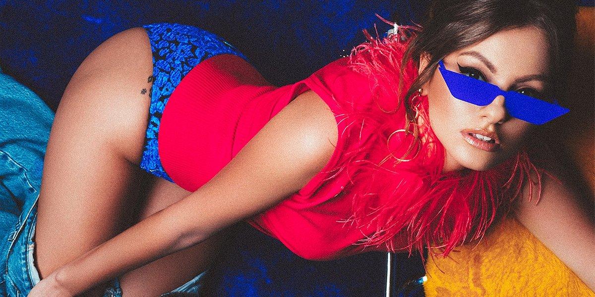 Alexandra Stan bardziej kobieca niż kiedykolwiek