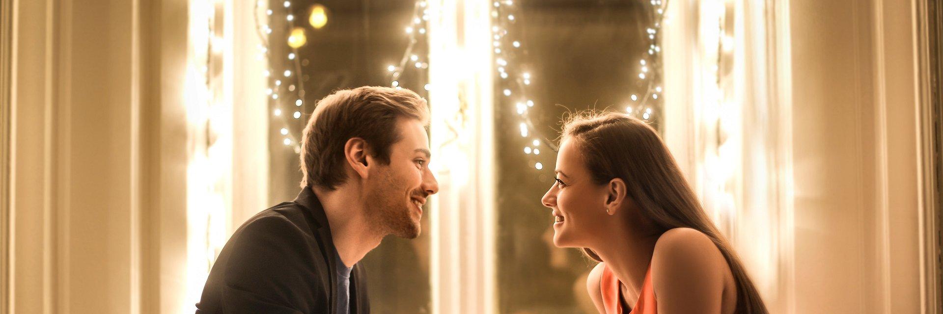 Bezgotówkowa randka – czy się opłaci?