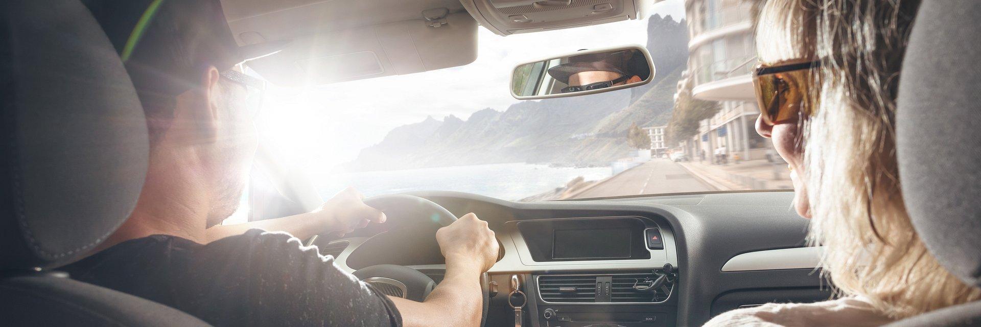 Nawigacja z głosem bliskiej osoby zmniejszy ryzyko wypadku. W walentynki i nie tylko.
