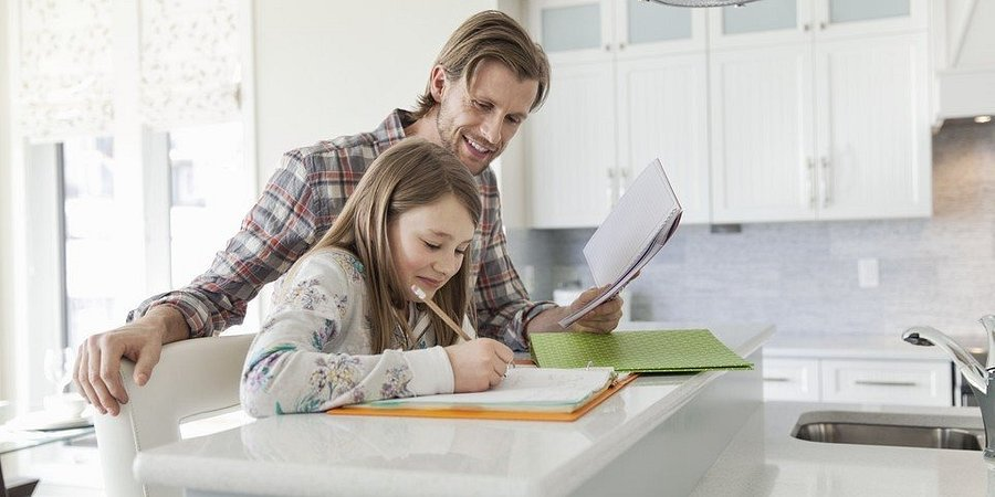 7 Homework Help Tips for Working Parents