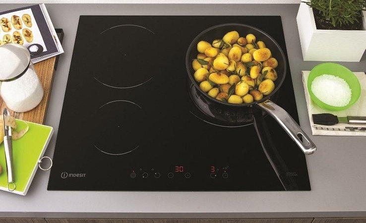 Minimalizm w kuchni – dla oka i… żołądka?