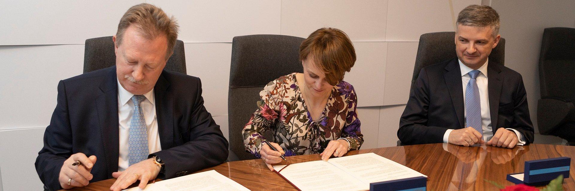 Ministerstwo Przedsiębiorczości i Technologii - umowa o strategicznej współpracy z Roche