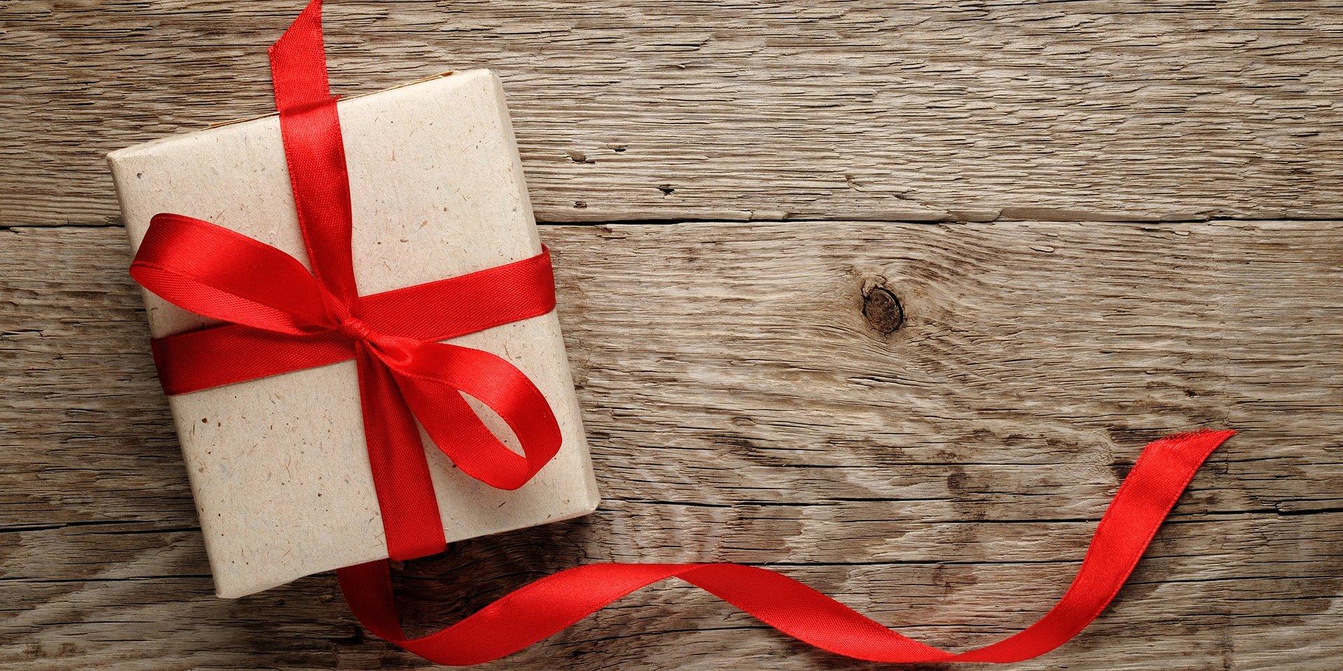 10 marca - Dzień Mężczyzn - idealnie męskie prezenty, które przypadną do gustu każdemu Panu.