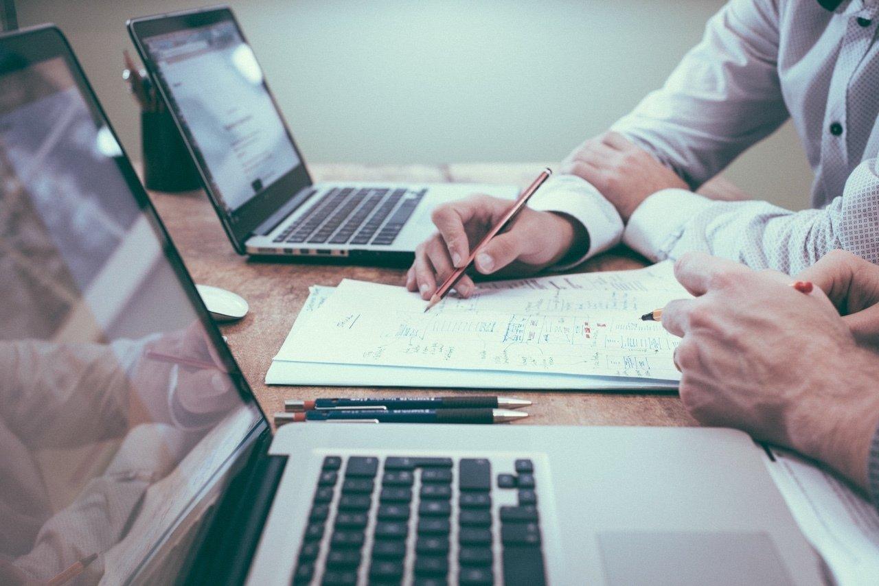 Laptop biznesowy, czyli odpowiedni sprzęt do pracy