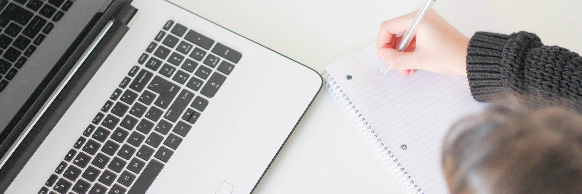 Opisy produktów – jak sprawić, by sprzedawały i dobrze się czytały?
